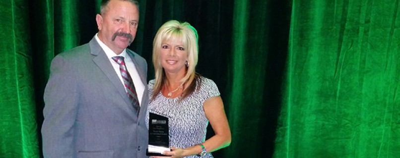 Wentzel's Receives Hiring Our Neighbors Award (2014) from the Sarasota Chamber of Commerce